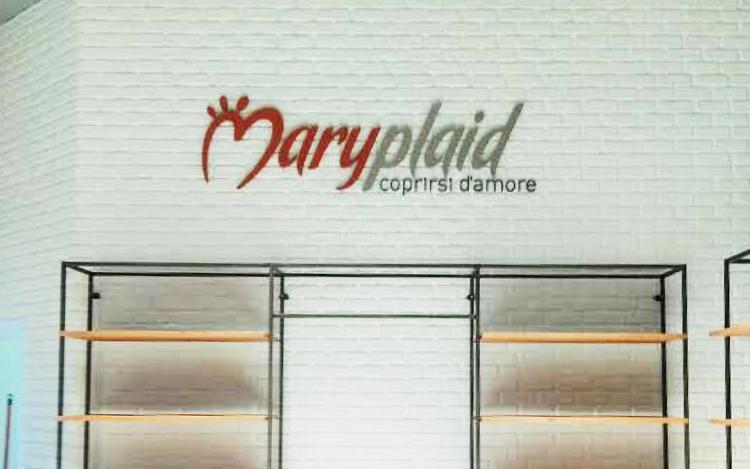 MaryPlaid Bassano